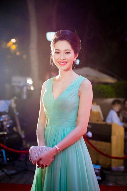 thu thao, jennifer pham lam giam khao miss ngoi sao - 6