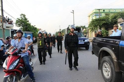 300 hoc vien cai nghien bo tron: bat 4 ke kich dong - 2