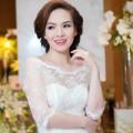 Thời trang - Đan Lê duyên dáng với váy cưới ren