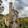 26 lâu đài cổ tráng lệ bậc nhất thế giới