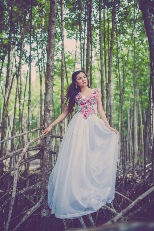 """phuong trinh jolie diu dang sau thoi gian """"ho bao"""" - 6"""