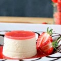 Bếp Eva - Tráng miệng cực đã với panna cotta sốt dâu tây