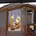 Tin tức - Guinea: Sợ Ebola, dân nổi dậy đánh chết 8 quan chức