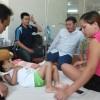 Bé Kim Ngân nhận ân nhân cứu mạng làm cha mẹ nuôi