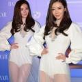 Thời trang - Siêu mẫu Hong Kong bị chỉ trích vì mặc khêu gợi đi từ thiện