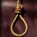 Tin tức - TQ: Bị mẹ mắng vì tranh chơi với em, bé 11 tuổi treo cổ tự tử
