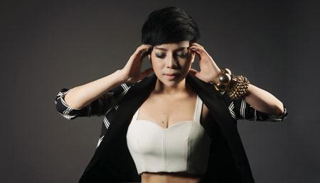 minh chuyen: 'toi rua mat bang nuoc muoi sinh ly' - 5