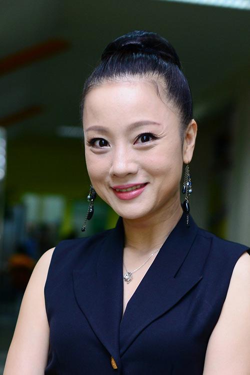 my nhan viet khong yeu dai gia van hanh phuc - 1