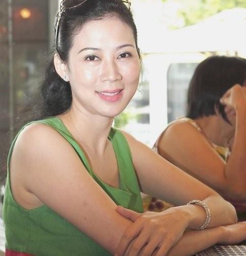 nhung bong hong dinh dam trong doi dien vien ly hung - 3