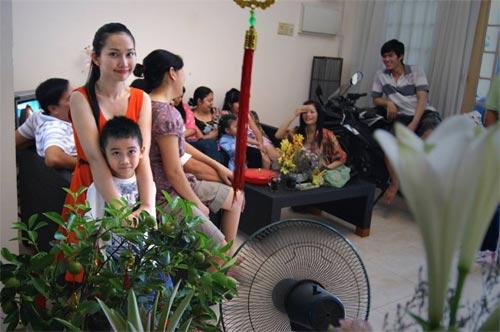 "le thuy: ""em dang tan huong hanh phuc"" - 4"