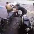 Clip Eva - Trộm xe SH thanh niên bị đuổi đánh dã man