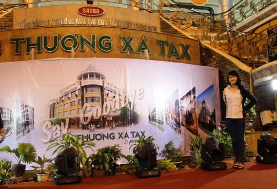 nuoc mat trong gio dong cua thuong xa tax - 8
