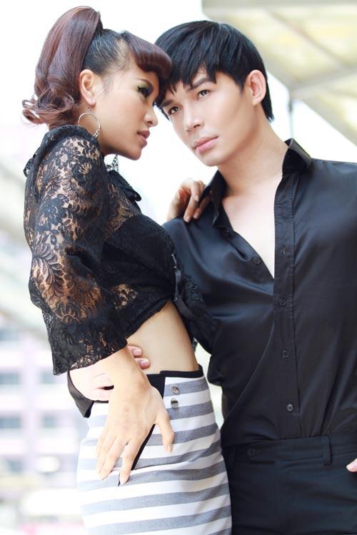 "nathan lee ""tro lai"" tinh tu ben phuong mai - 1"