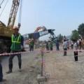 Tin tức - Nghệ An: Cần cẩu đứt cáp đè chết người đi đường