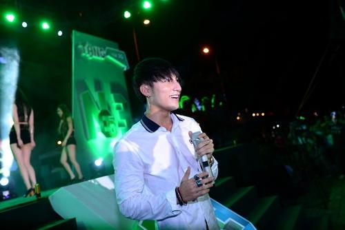 """son tung m-tp bui bam """"me hoac"""" fan da nang - 5"""