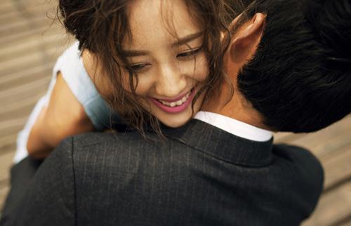 "khon cung vi co bau ma ban trai ""chay lang"" - 1"
