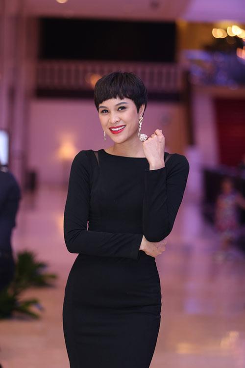 phuong mai tha thuot khoe vong 3 cang tron - 5