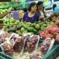 Tin tức - Lo trái cây nhập khẩu tẩm chất độc, nhiều người ngừng ăn