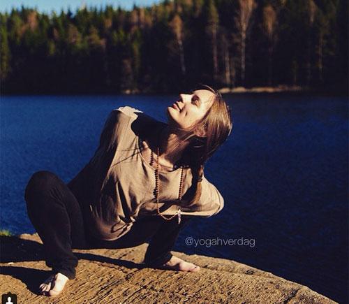 """choang"" voi nhung tu the yoga sieu kho cua me bau - 7"