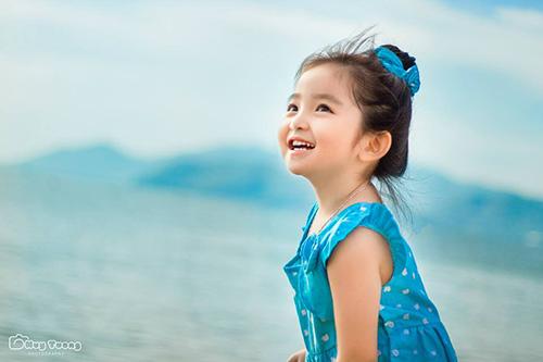 """""""Chao đảo"""" với bộ ảnh mới của thiên thần nhí 4 tuổi Sài Gòn-8"""
