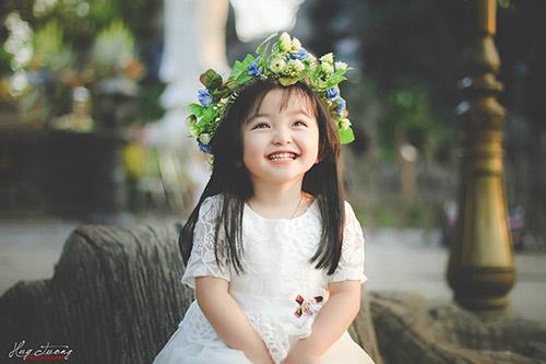 """""""Chao đảo"""" với bộ ảnh mới của thiên thần nhí 4 tuổi Sài Gòn-1"""