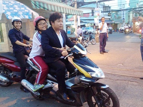 quang le va nhung scandal on ao dau nam 2015 - 3