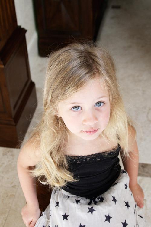 5 phút làm tóc nơ xinh-mát-gọn cho con gái yêu-1