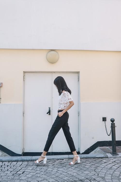 Chiếc áo quyến rũ mà vẫn an toàn cho gái ngoan - 15