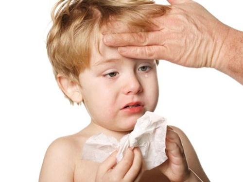 Những nguyên nhân khiến trẻ bị cảm lạnh trong mùa nắng nóng-3