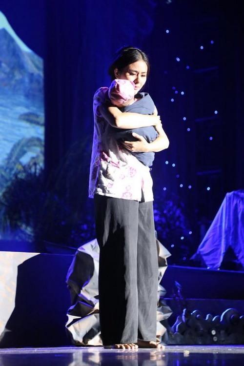 """Con gái Trương Minh Cường hơn 1 tuổi đã biết """"hái ra tiền""""-11"""