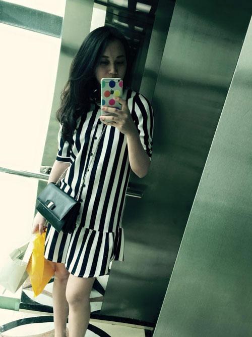 Hot: Siêu mẫu Ngọc Thạch giảm 30cm vòng eo sau sinh 25 ngày - 1