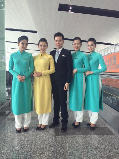 Đồng phục chính thức của Vietnam Airlines được khen ngợi - 3