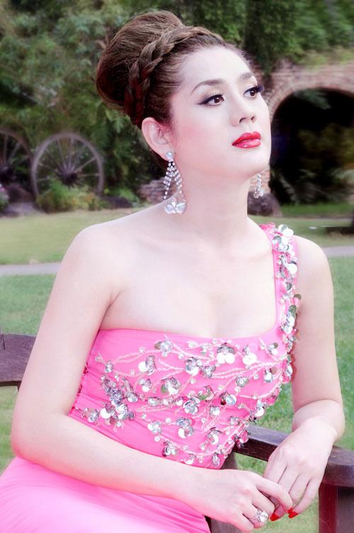 Đọ nhan sắc tứ đại mỹ nhân chuyển giới của showbiz Việt - 7