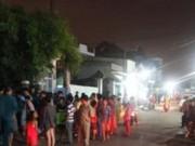 Tin trong nước - Người phụ nữ bán cá khô dạo bị mưa lớn cuốn trôi
