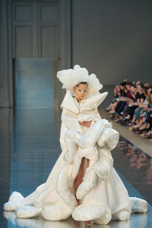 paris haute couture choang ngop va hut hang - 9
