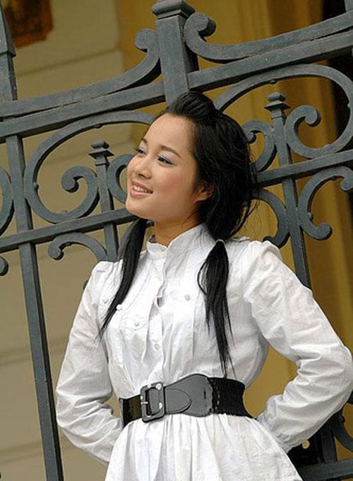 nhan sac 'vang anh' minh huong ngay ay - bay gio - 2