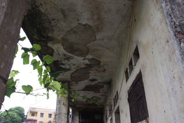 400 nguoi song trong khu nha sap sap giua thu do - 8
