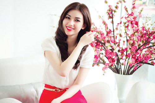 """sau ly hon, quỳnh chi """"lot xac"""" voi hinh tuong goi cam - 1"""