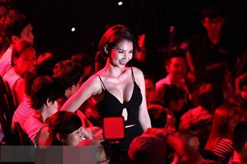"""sau ly hon, quỳnh chi """"lot xac"""" voi hinh tuong goi cam - 13"""