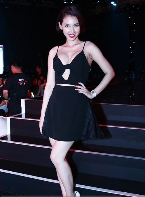 """sau ly hon, quỳnh chi """"lot xac"""" voi hinh tuong goi cam - 14"""