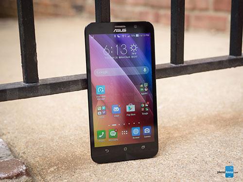 """6 smartphone khong he """"sieu mong"""" nhung """"rat chat"""" - 3"""