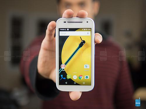 """6 smartphone khong he """"sieu mong"""" nhung """"rat chat"""" - 5"""