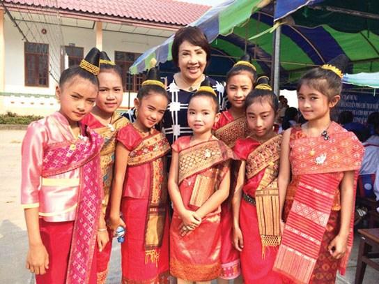 "co nhung ""nha tu"" trong chon showbiz day thi phi! - 4"
