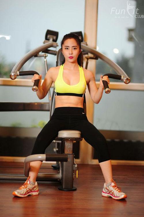 quynh nga duy tri bung phang, da trang bang gym va yoga - 2