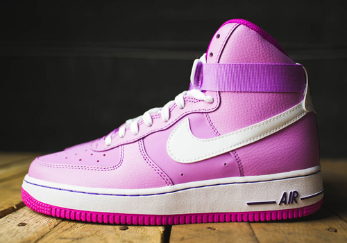 khao gia nhung doi sneaker khien moi co gai me met - 12