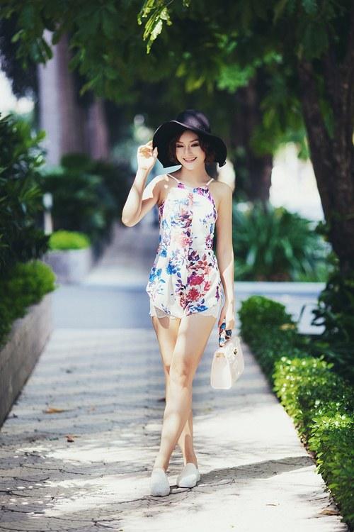 lan phuong khoe ve tre trung, tuoi tan o tuoi 32 - 2