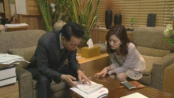su that ve cai thai cua ban gai cu kim hyun joong - 5