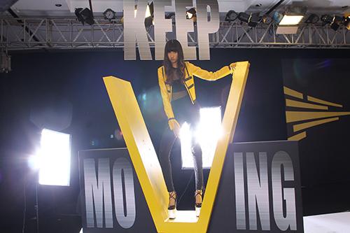 """thi sinh next top model va """"mo hoi hot"""" vi giay cao 20cm - 6"""
