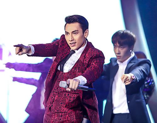 """isaac diẻn trai khuay dong """"bai hat yeu thich"""" tháng 7 - 7"""