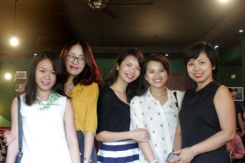 cac blogger lam dep hang dau ha thanh gap go tin do - 9